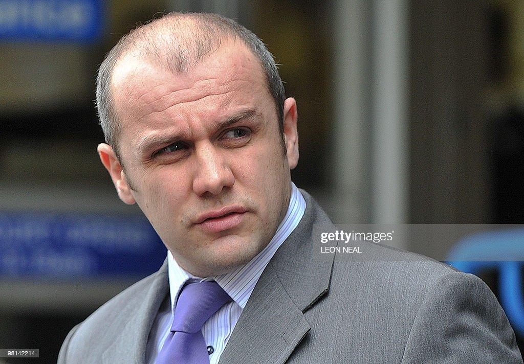 British Metropolitan Police officer <b>John Caulfield</b> leaves Westminster ... - british-metropolitan-police-officer-john-caulfield-leaves-westminster-picture-id98142214
