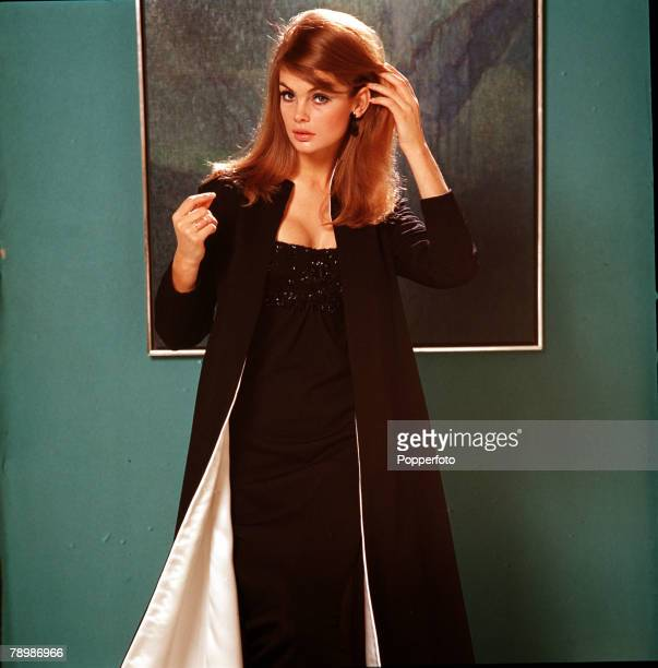 British model Jean Shrimpton famous 'supermodel' of the 1960s 1965