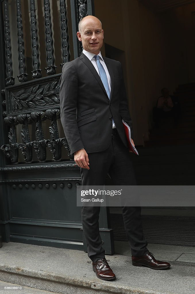 British MP Stephen Kinnock arrives at a debate over Brexit hosted by YouGov on May 31, 2016 in Berlin, Germany. Britain will hold a referendum on June 23 over whether to remain in or leave the European Union.