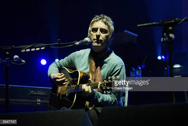 British musician Paul Weller performs on stage at the charity concert in aid of Teenage Cancer Trust at the Royal Albert Hall on March 26 2003 in...