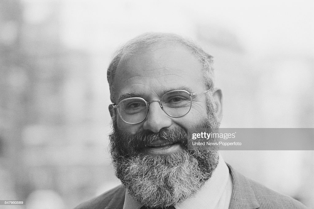 British neurologist and author, <a gi-track='captionPersonalityLinkClicked' href=/galleries/search?phrase=Oliver+Sacks&family=editorial&specificpeople=597933 ng-click='$event.stopPropagation()'>Oliver Sacks</a> pictured in London on 10th March 1983.