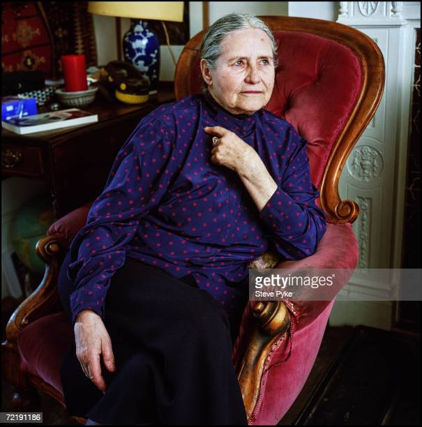 the use of setting in doris lessings to room 19 He set himself a challenge to complete by the end of his essays related to through the tunnel by doris lessing 1 room 19 was not only her source of.