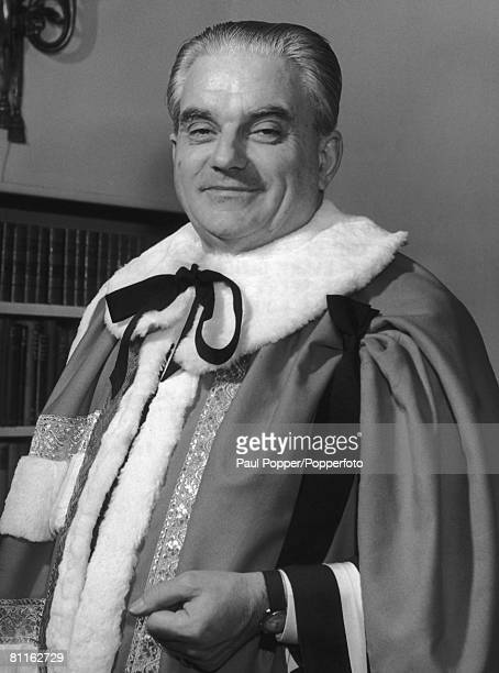 British politician Robert Boothby leaves his London flat for the House of Lords where he is being created a Life Peer and assuming the title of Baron...