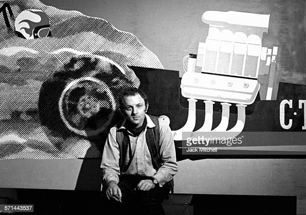 British pop artist and sculptor Gerald Laing in his studio on October 30 1968