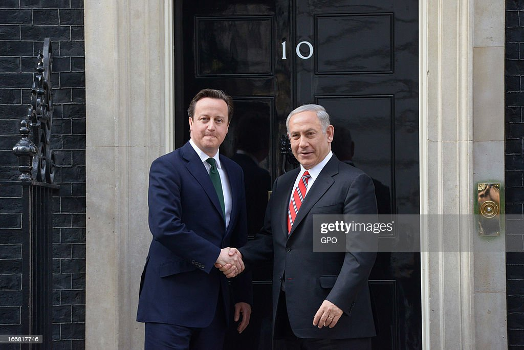 British Prime Minister <a gi-track='captionPersonalityLinkClicked' href=/galleries/search?phrase=David+Cameron+-+Politician&family=editorial&specificpeople=227076 ng-click='$event.stopPropagation()'>David Cameron</a> and Israeli Prime Minister <a gi-track='captionPersonalityLinkClicked' href=/galleries/search?phrase=Benjamin+Netanyahu&family=editorial&specificpeople=118594 ng-click='$event.stopPropagation()'>Benjamin Netanyahu</a> shake hands on meeting at 10 Downing Street on April 17, 2013 in London, England. The Israeli Prime Minister was one of the 2,000 guests who attended the funeral of former British Prime Minister Baroness Margaret Thatcher in London today.