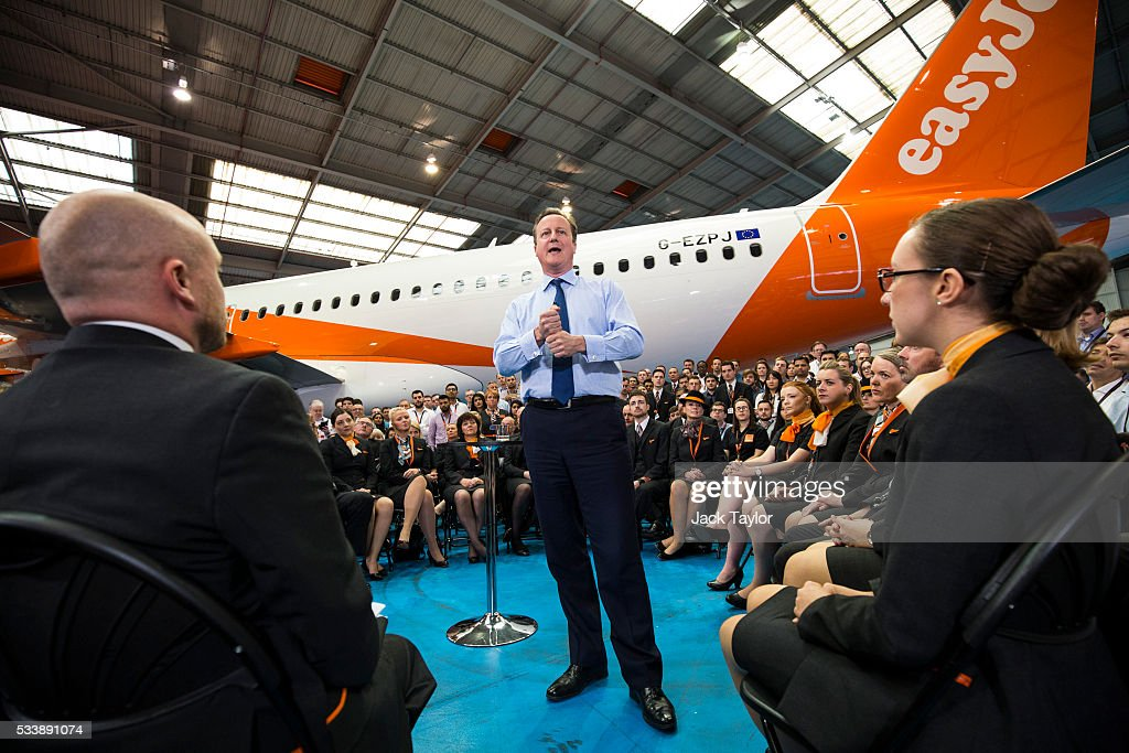 British Prime Minister David Cameron delivers a speech to easyJet employees at the aviation company's Luton Airport Hangar on May 24, 2016 in Luton, England. Mr Cameron is campaigning to remain in the European Union ahead of the EU referendum on the 23rd of June.