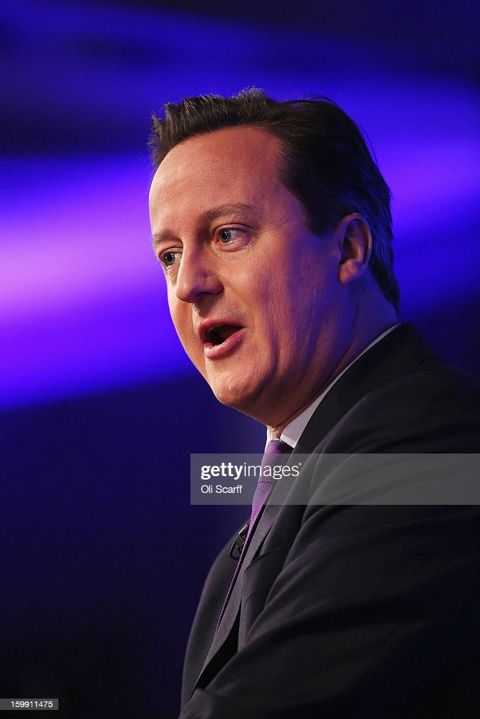 British Prime Minister <a gi-track='captionPersonalityLinkClicked' href=/galleries/search?phrase=David+Cameron+-+Pol%C3%ADtico&family=editorial&specificpeople=227076 ng-click='$event.stopPropagation()'>David Cameron</a> delivers his long-awaited speech on the UK's relationship with the EU on January 23, 2013 in London, England. Mr Cameron has promised a referendum on EU membership should the Conservatives win the next election.