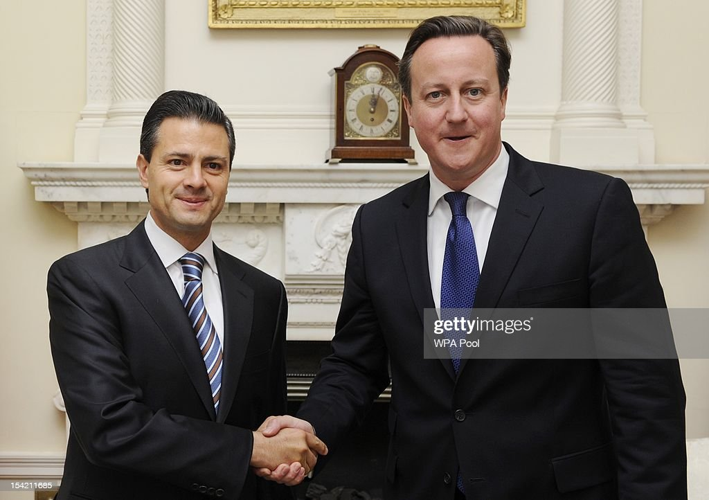 British Prime Minister <a gi-track='captionPersonalityLinkClicked' href=/galleries/search?phrase=David+Cameron+-+Politico&family=editorial&specificpeople=227076 ng-click='$event.stopPropagation()'>David Cameron</a> (R) greets Mexican President-elect Enrique Pena Nieto at Number 10 Downing Street on October 16, 2012 in London, England.