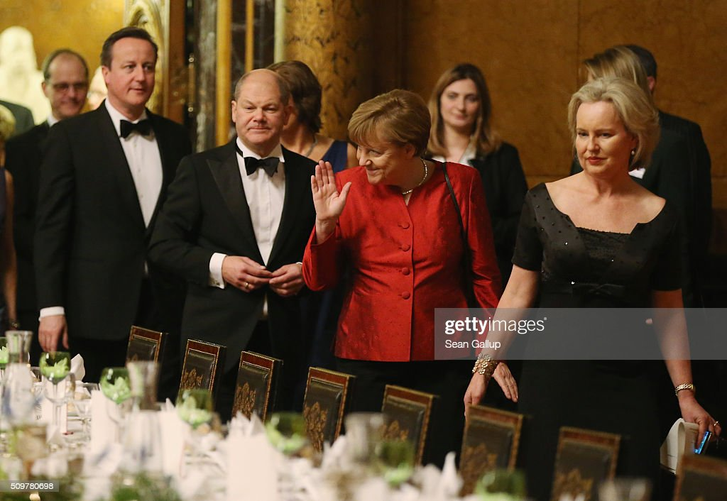 British Prime Minister <a gi-track='captionPersonalityLinkClicked' href=/galleries/search?phrase=David+Cameron+-+Politician&family=editorial&specificpeople=227076 ng-click='$event.stopPropagation()'>David Cameron</a> (L), Hamburg Mayor <a gi-track='captionPersonalityLinkClicked' href=/galleries/search?phrase=Olaf+Scholz&family=editorial&specificpeople=2162609 ng-click='$event.stopPropagation()'>Olaf Scholz</a> (C-L) and German Chancellor <a gi-track='captionPersonalityLinkClicked' href=/galleries/search?phrase=Angela+Merkel&family=editorial&specificpeople=202161 ng-click='$event.stopPropagation()'>Angela Merkel</a> (C-R) attend the annual Matthiae-Mahl dinner at Hamburg City Hall on February 12, 2016 in Hamburg, Germany. The two leaders are there on the invitation of Hamburg Mayor <a gi-track='captionPersonalityLinkClicked' href=/galleries/search?phrase=Olaf+Scholz&family=editorial&specificpeople=2162609 ng-click='$event.stopPropagation()'>Olaf Scholz</a>, who reportedly saw the dinner as a gesture to show Germany's hope that Great Britain will remain in the European Union. The Matthiae-Mahl is a Hamburg tradition dating back to 1356 and began as a fest to welcome the spring season and also to honor a foreign official.
