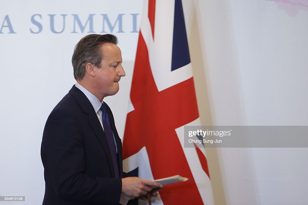 British Prime Minister <a gi-track='captionPersonalityLinkClicked' href=/galleries/search?phrase=David+Cameron+-+Pol%C3%ADtico&family=editorial&specificpeople=227076 ng-click='$event.stopPropagation()'>David Cameron</a> leaves after his press conference on May 27, 2016 in Kashikojima, Japan. In the two-day summit, the G7 leaders discussed the pressing global issues including counter-terrorism, energy policy, and sustainable development.