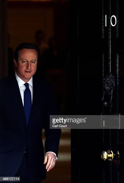 British Prime Minister David Cameron leaves Downing Street for Buckingham Palace on March 30 2015 in London England Campaigning in what is predicted...