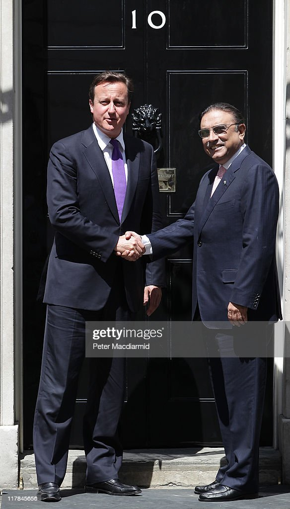 British Prime Minister <a gi-track='captionPersonalityLinkClicked' href=/galleries/search?phrase=David+Cameron+-+Politician&family=editorial&specificpeople=227076 ng-click='$event.stopPropagation()'>David Cameron</a> (L) meets with President Zardari Of Pakistan in Downing Street on July 1, 2011 in London, England. Mr Zairdiri is in London on a two day visit to discuss enhancing UK-Pakistan partnership in trade and investment.
