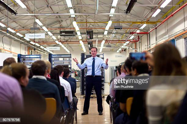 British Prime Minister David Cameron speaks to factory staff at the Siemens Chippenham plant on February 2 2016 in Chippenham England The Prime...