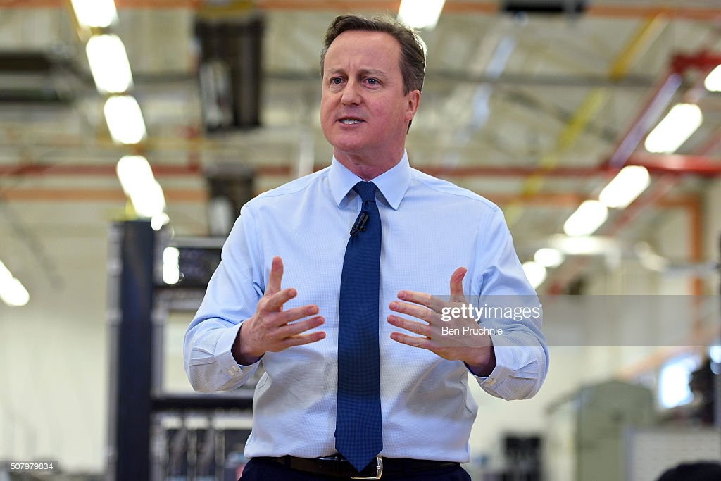 British Prime Minister <a gi-track='captionPersonalityLinkClicked' href=/galleries/search?phrase=David+Cameron+-+Pol%C3%ADtico&family=editorial&specificpeople=227076 ng-click='$event.stopPropagation()'>David Cameron</a> speaks to factory staff at the Siemens Chippenham plant on February 2, 2016 in Chippenham, England. The Prime Minister is today expected to submit a draft agreement for the United Kingdoms European Union re-negotiation.