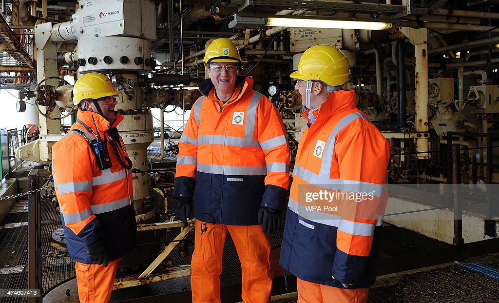 British Prime Minister David Cameron (C) tours the BP ETAP (Eastern Trough Area Project) oil platform in the North Sea with Offshore Installation manager Mark Furness (L) BP Regional president North Sea Trevor Garlick (R) on February 24, 2014, around 100 miles east of Aberdeen, Scotland. The British cabinet will meet in Scotland for only the third time in history to announce plans for the country's oil industry, which it warns will decline if Scots vote for independence. The fate of North Sea oil revenues will be a key issue ahead of the September 18 referendum to decide whether Scotland will end its 300-year-old union with England, and is expected to be the focus of Prime Minister David Cameron's cabinet meeting.
