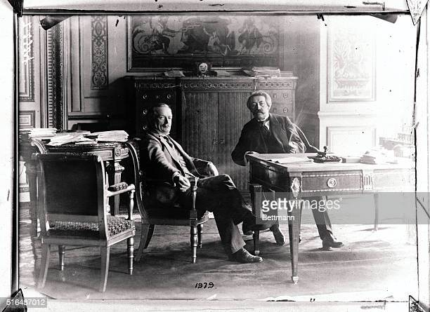 British Prime Minister David Lloyd George together with French premier Aristide Briand