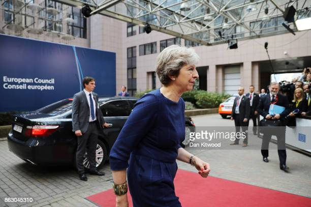 British Prime Minister Theresa May arrives ahead of a European Council Meeting at the Council of the European Union building on October 19 2017 in...
