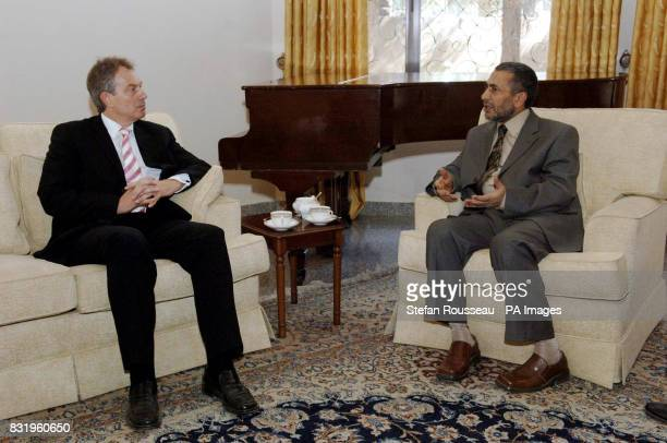 British Prime Minister Tony Blair meets Iraqi Parliament speaker Mahmoud alMashhadani in Baghdad