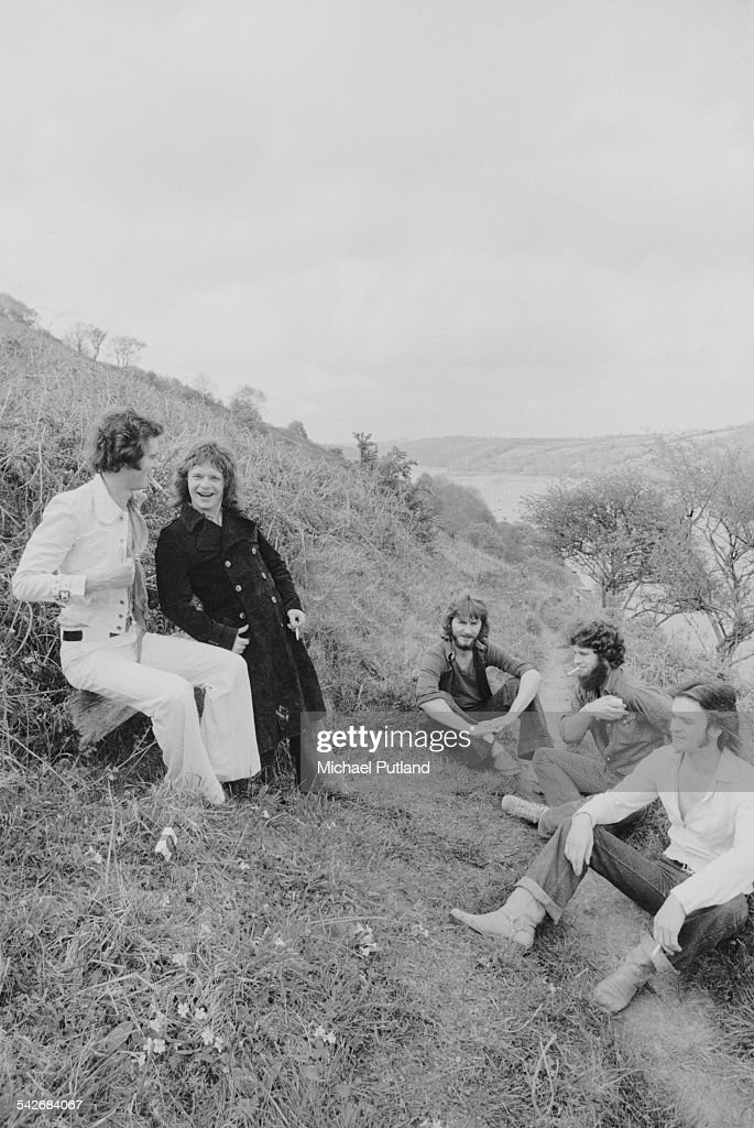 British rock group Back Street Crawler, Cornwall, 2nd May 1975. Left to right: keyboard player Mike Montgomery, ex- Free guitarist Paul Kossoff (1950 - 1976), bassist Terry Wilson, drummer Tony Braunagel and singer Terry Wilson-Slesser.