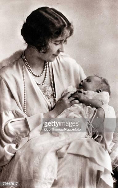 British Royalty HRHThe Duchess of York and baby Princess Elizabeth 1926
