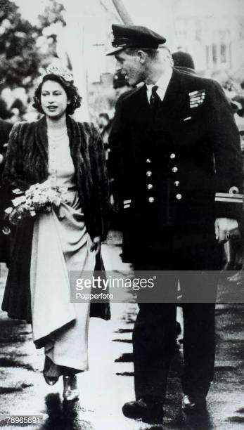 British Royalty London England 26th October 1946 Princess Elizabeth and Prince Philip of Greece act as Bridesmaid and usher at the wedding of...
