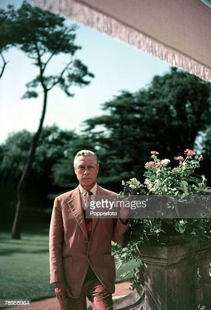 1951 Duke of Windsor at a villa at Biarritz France He was Edward VIII until he abdicated to mary the divorcee Wallis Simpson and finally he settled...