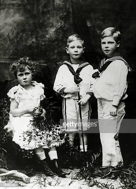 circa 1900 The Royal children leftright Princess Mary Prince Albert and Prince Edward