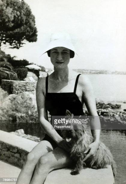 1936 Mrs Wallis Simpson on holiday on the Dalmatian Coast