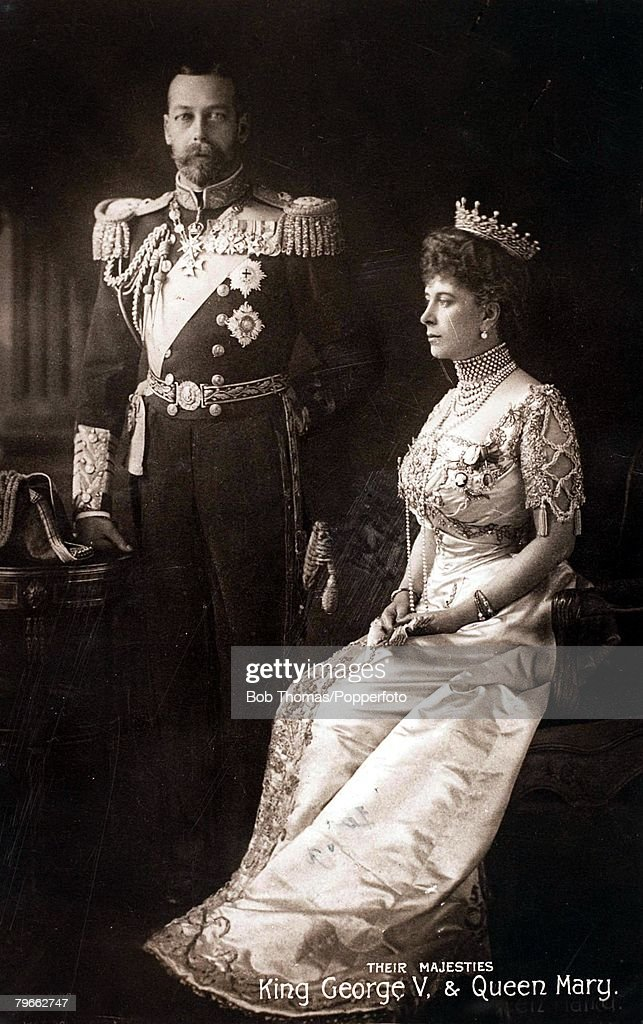 British Royalty, Souvenir Postcard, A Coronation souvenir to King <a gi-track='captionPersonalityLinkClicked' href=/galleries/search?phrase=George+V&family=editorial&specificpeople=93661 ng-click='$event.stopPropagation()'>George V</a> of Great Britain, (crowned June 22nd 1911) and Queen Mary, showing them dressed in the attire of state