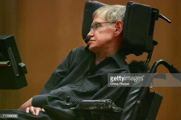 British scientist Stephen Hawking delivers a lecture entitled 'The Origin of the Universe' at the Great Hall of the People June 19 2006 in Beijing...
