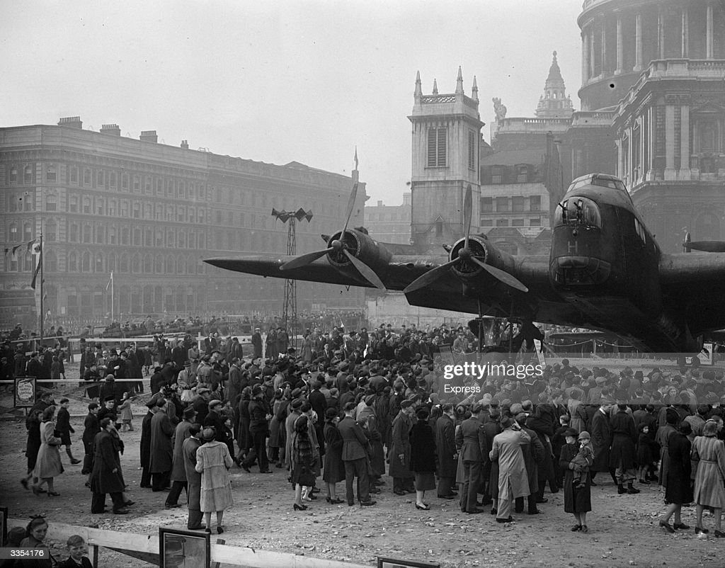 A British Short Stirling bomber 'H for Harry' of the RAF on display outside St Paul's Cathedral London during the 'Wings for Victory Week' campaign...
