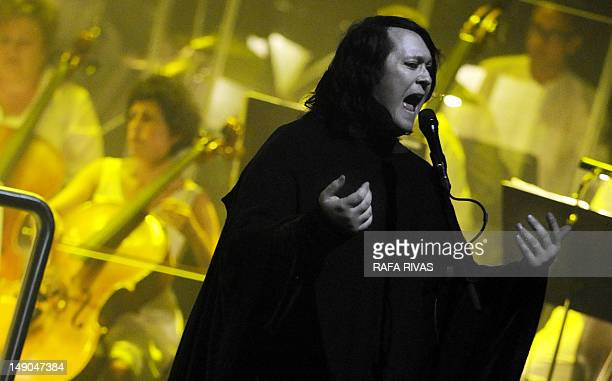 British singer Antony Hegarty of the American band Antony and The Johnsons performs with the Et Incarnatus Orkestra during the 47th Heineken...