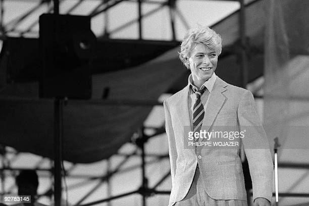 British singer David Bowie performs on stage at the Auteuil's Hippodrome in Paris on June 9 1983 AFP PHOTO PHILIPPE WOJAZER