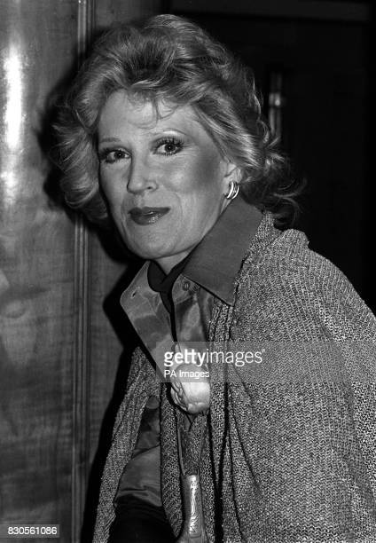 British singer Dusty Springfield who is trying to make a comeback after nearly 10 years' absence from the charts at the Savoy Hotel London to promote...