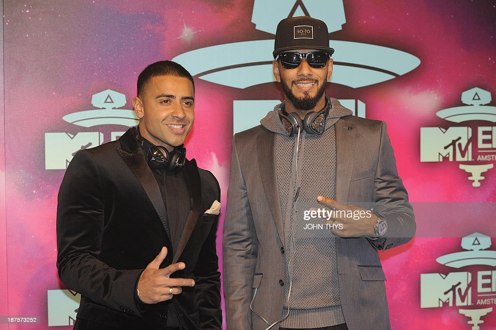 British singer Jay Sean (L) and US rap singer Swizz Beatz gesture as they arrive to attend the MTV European Music Awards (EMA) 2013 at the Ziggo Dome on November 10, 2013 in Amsterdam, The Netherlands.