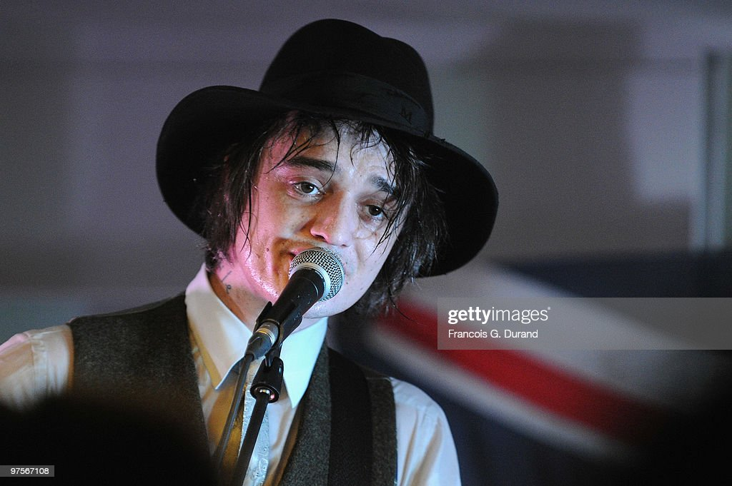 British singer Pete Doherty performs during the Joseph flagship opening, as part of Paris fashion week, at Joseph store on March 8, 2010 in Paris, France.