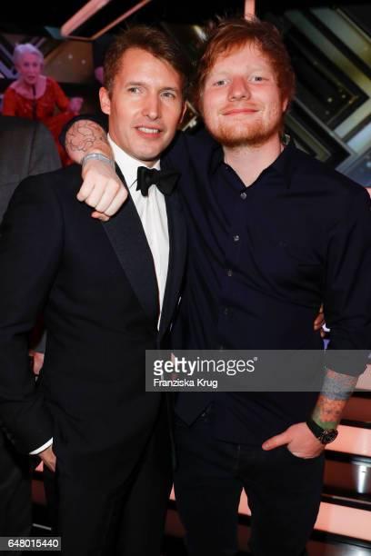 British singersongwriter James Blunt and british singersongwriter Ed Sheeran during the Goldene Kamera show on March 4 2017 in Hamburg Germany