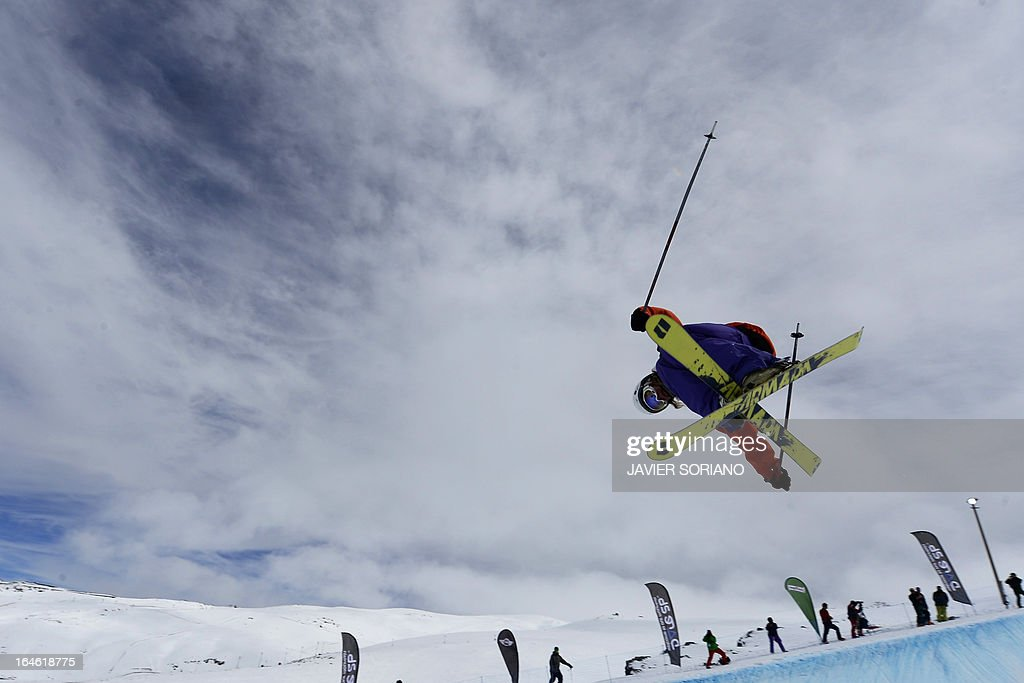British skier Emma Londsdale competes in the Ladies' Half Pipe race at the Snowboard and FreeStyle World Cup Super finals at Sierra Nevada ski resort near Granada on March 25, 2013. Canadian skier Rosalind Groenewoud won the race ahead of Swiss skier Virginie Faivre and Japanese skier Ayana Onozuka.