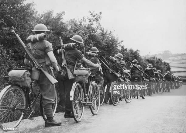 British soldiers of the Black Watch regiment patrolling the south coast of England on bicycles circa 1941 The troops are intended as a rapidresponse...