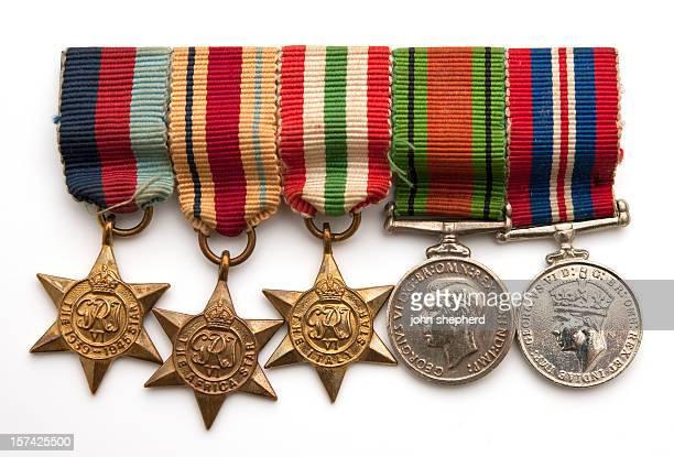 英国兵士第二次世界大戦の 2 つのメダル