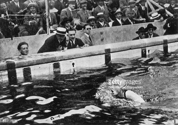 British swimmer Lucy Morton winning the Women's 200 Metre Breaststroke event at Tourelles near Paris during the 1924 Summer Olympics 18th July 1924