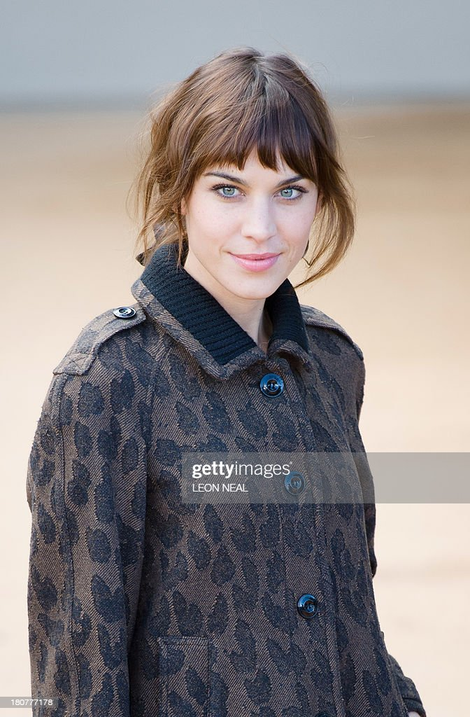 British television presenter Alexa Chung arrives to attend the Burberry Prorsum show at the 2014 Spring-Summer London Fashion Week at Kensington Gardens in London on September 16, 2013 , England.