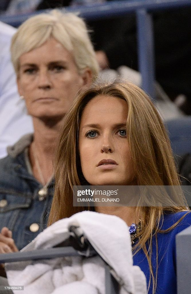 British tennis player Andy Murray's girlfriend Kim Sears (R) and mother Judy watch him play against Uzbekistan's Denis Istomin during their 2013 US Open men's singles match at the USTA Billie Jean King National Tennis Center in New York on September 3, 2013. AFP PHOTO/Emmanuel Dunand