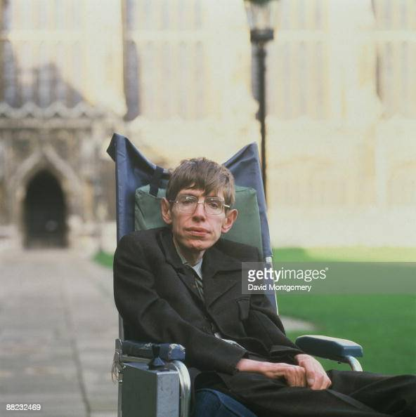 a biography of stephen hawking the english mathematician and physicist Stephen hawking is a world-renowned british theoretical physicist, known for his   stephen william hawking was born on 8 january 1942 in oxford, england,   crucially, in 1965, he attended a lecture by the english mathematician roger.
