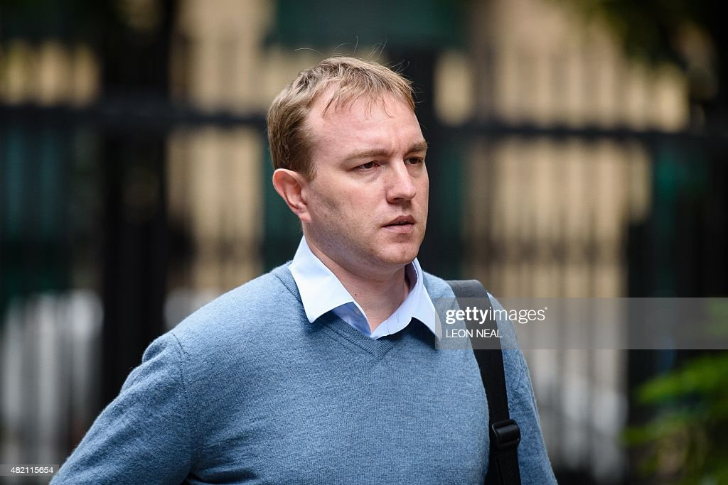 British trader Tom Hayes arrives at Southwark Crown court in London on July 27, 2015 as the trial over alleged rigging of the London Interbank Offered Rate (Libor) continues. A British trader who worked for UBS and Citigroup was accused on May 26 of being the greedy 'ringmaster' of a conspiracy to rig global interest rates at his trial. Britain's Serious Fraud Office (SFO) alleges that Tom Hayes was the leader of more than a dozen traders it says worked to rig the London Interbank Offered Rate (Libor) between 2006 and 2010. AFP PHOTO/Leon Neal