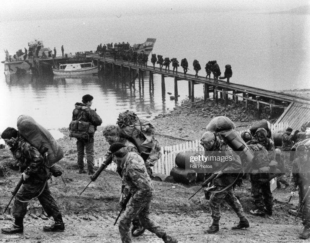 British troops arriving in the Falklands Islands during the Falklands War