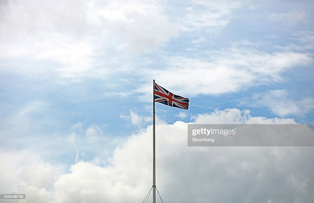 A British Union flag, commonly known as a Union Jack, flies close to Trafalgar Square in London, U.K., on Tuesday, June 28, 2016. The pound rose for the first time since the U.K.s vote to leave the European Union, as a recovery in investor appetite for higher-yielding assets seeped through currency markets. Photographer: Chris Ratcliffe/Bloomberg via Getty Images