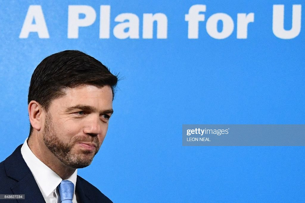 British Work and Pensions Secretary and Conservative MP, Stephen Crabb, arrives at a news conference in central London on June 29, 2016, where he announced his candidacy for the leadership of the Conservative Party. British Prime Minister David Cameron's successor will be announced on September 9 after nominations are submitted by June 30 at the latest, the Conservative Party said. Britain has been pitched into uncertainty by the result of the June 23 referendum, with Cameron announcing his resignation, the economy facing a string of shocks and Scotland making a fresh threat to break away. / AFP / LEON