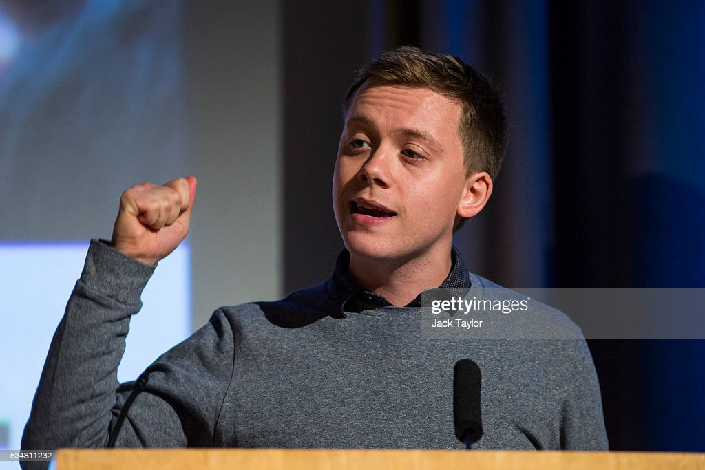 British writer and journalist Owen Jones speaks at a Diem25 event at The UCL, Institute of Education on May 28, 2016 in London, England. Left-wing politicians and thinkers were today campaigning at the DiEM25 event to stay in the European Union ahead of the EU referendum on the 23rd of June.