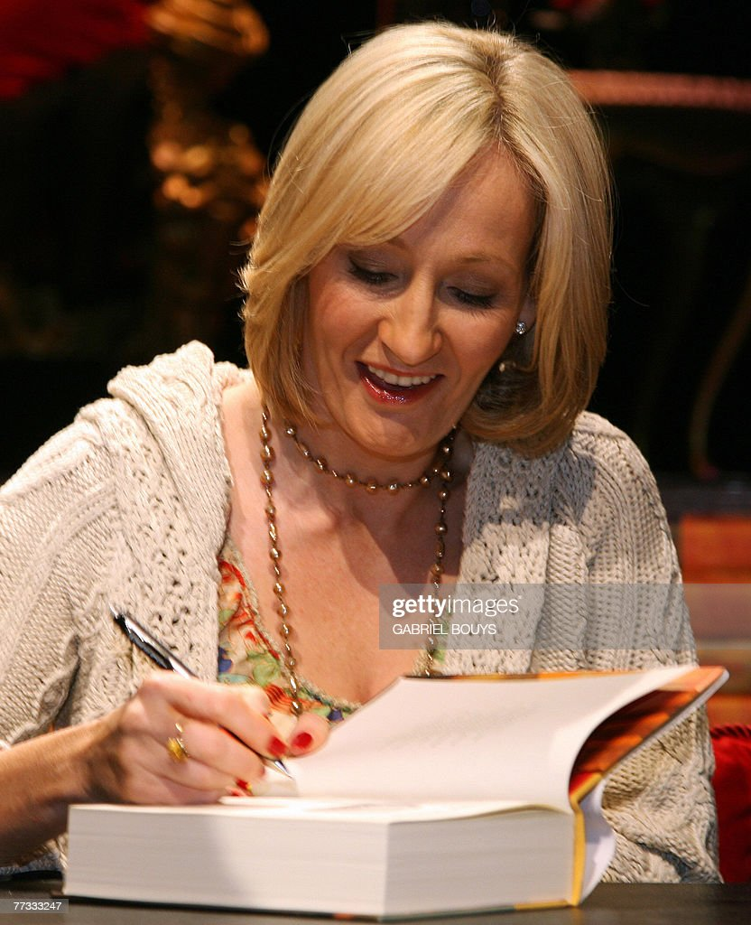 Harry Potter Book Writer : Book signing getty images